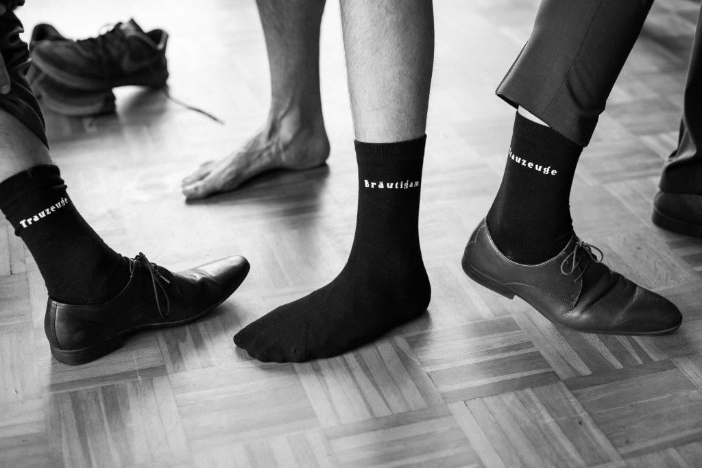 Socken von Bräutigam und Trauzeugen